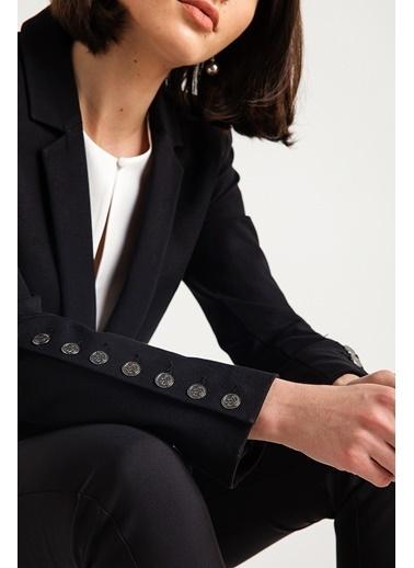 Rue Yırtmaç Ve Düğmeli Blazer Ceket Siyah